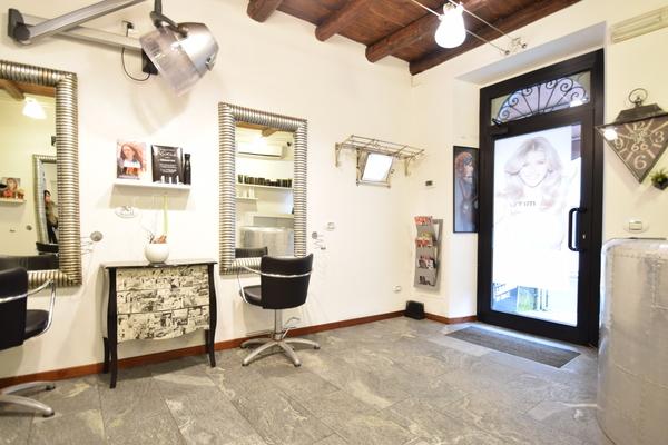 01 negozio (10)_01 - PERRUCCHIERA PORTO CERESIO (VA) CENTRO