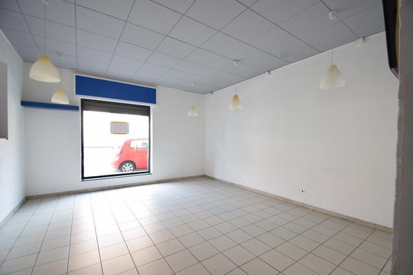 interno (9)_19 - NEGOZIO LUINO (VA) CENTRO