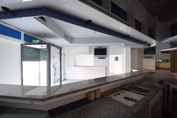 interno (5)_15 - NEGOZIO LUINO (VA) CENTRO