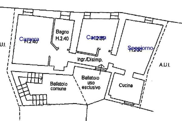 ballatoio d'ingresso6_0 - APPARTAMENTO MONTEGRINO VALTRAVAGLIA (VA) CENTRO