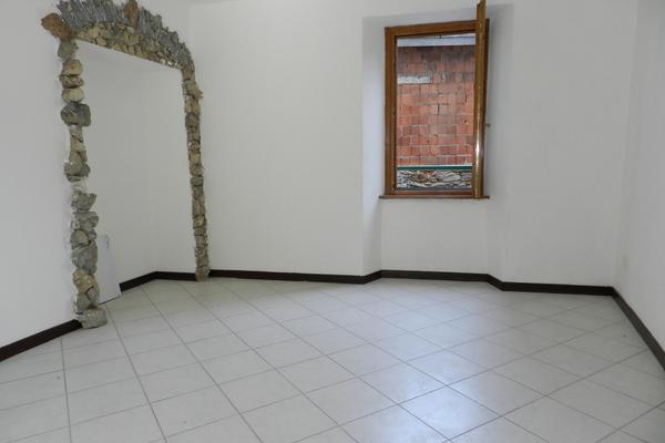 soggiorno3_0 - APPARTAMENTO MONTEGRINO VALTRAVAGLIA (VA) CENTRO