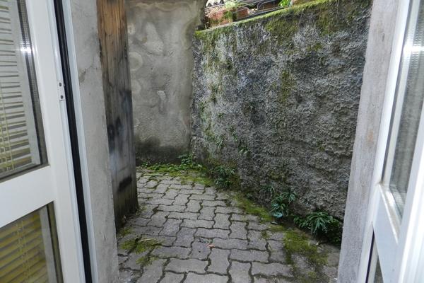 cortile retro_0 - APPARTAMENTO BREZZO DI BEDERO (VA) BREZZO, CENTRO