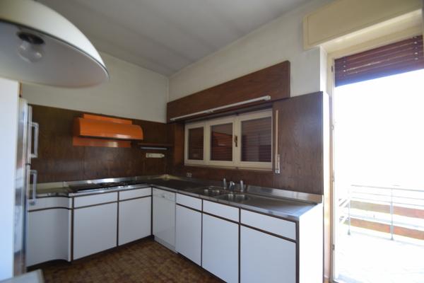 cucina_36 - VILLA LAVENA PONTE TRESA (VA) SEMICENTRO
