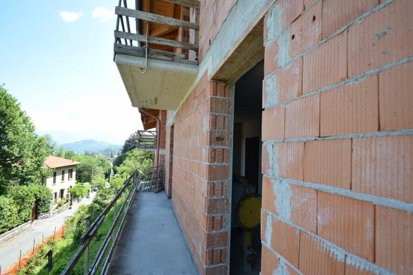 balcone_26 - UNIFAM. GEMELLARE/BIFAM. CASTELVECCANA (VA)