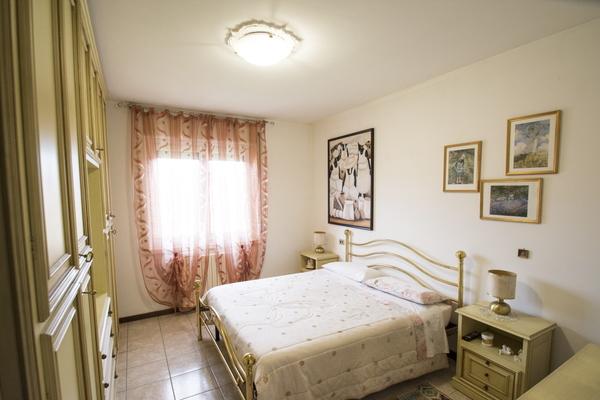 05-2 camera da letto_09 - APPARTAMENTO GERMIGNAGA (VA) PREMAGGIO