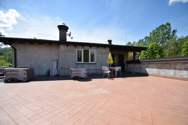 06-1 terrazzo_27 - STABILE/FABBRICATO INTERO CASSANO VALCUVIA (VA)