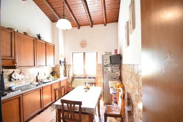 08-1 cucina_32 - STABILE/FABBRICATO INTERO CASSANO VALCUVIA (VA)