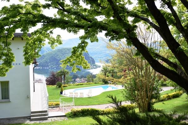 03-2 giardino_22 - VILLA LAVENA PONTE TRESA (VA) SEMICENTRO