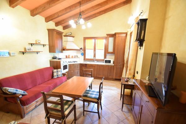 03-2 soggiorno cucina_07 - APPARTAMENTO MONTEGRINO VALTRAVAGLIA (VA) BOSCO VALTRAVAGLIA