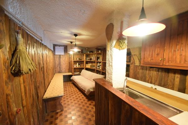 09-1 cantina taverna_17 - APPARTAMENTO LUINO (VA) COLMEGNA