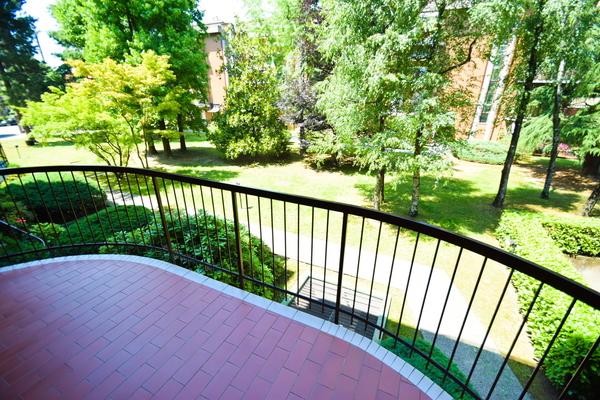 08-1 balcone lato soggiorno_14 - APPARTAMENTO INDUNO OLONA (VA)