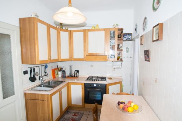 04-2 cucina_11 - VILLA PORTO VALTRAVAGLIA (VA)