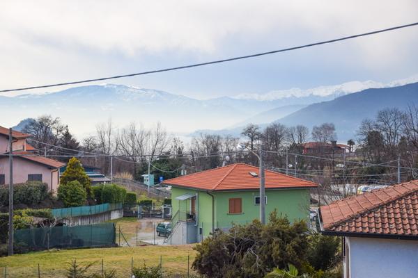 03-1 vista - VILLA BREZZO DI BEDERO (VA) BEDERO VALTRAVAGLIA