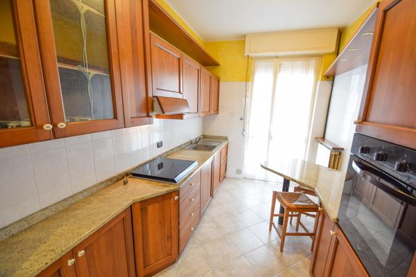 03-1 cucina_05 - Apartment LUINO (VA) SEMICENTRO