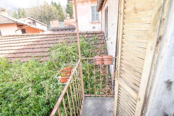 07-1 balconcino_16 - PORZIONE DI FABBRICATO DUMENZA (VA) RUNO